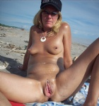 love showing my pussy at the beach