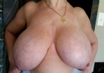 SexWoman providing fresh full frontal view of her Tetas..