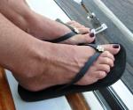 Very suckable toes