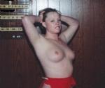 flashing her nice tits