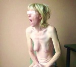 blonde open her mouth