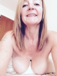 So hot n horny today x
